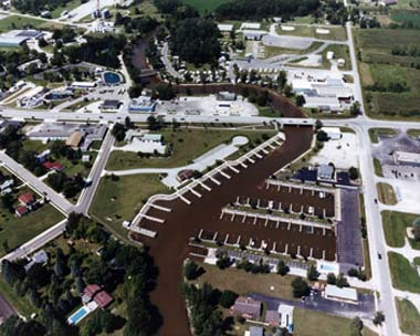 au_gres_harbor_of_refuge_dnr_1.jpg