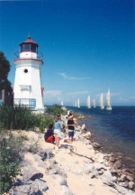cheboygan_light_with_sailboats.jpg