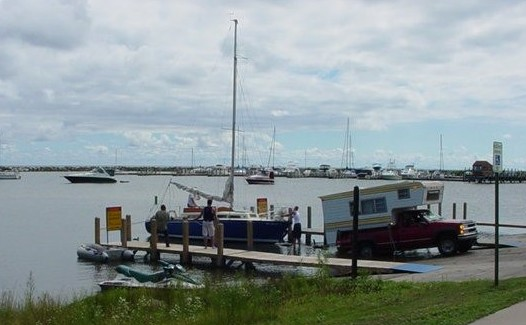harrisville_launch_2_05.jpg