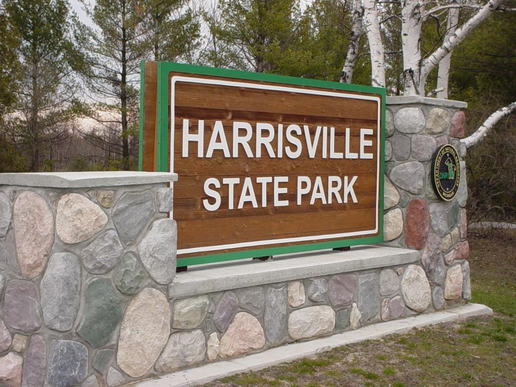 harrisville_s_1.jpg