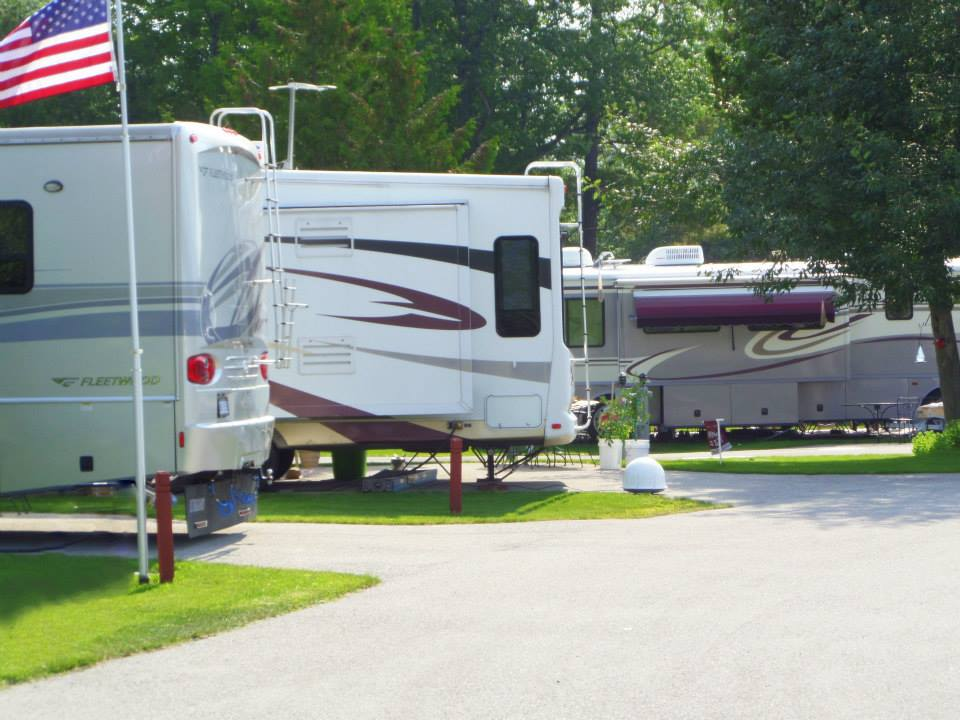 thunder_bay_resort_rv_park.jpg